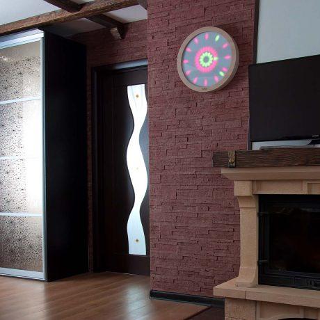 Реализованный дизайн проект с камином